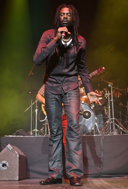 Mavado and Buju Banton Bring Down the House at NJ's Ritz Theatre